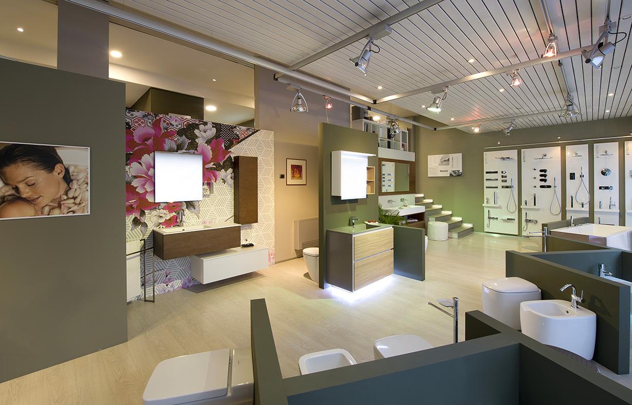 Show-Room Via Binda